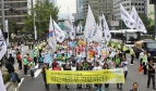 28 September 2013 - Precarious workers call for a real plan and budget