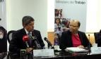 Directora de normas internacionales de la OIT, Cleopatra Doumbia-Henry, junto con el ministro de trabajo Carlos Marx Carrasco. Fotografía: Carlos Rodríguez