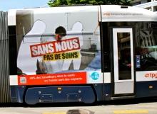 Geneva tram - migration poster