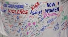 PSI Congress delegates sign to end violence against women
