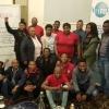 Jeunes travailleurs et travailleuses assistant à la conférence de l'ISP sur l'assurance santé nationale pour le peuple.